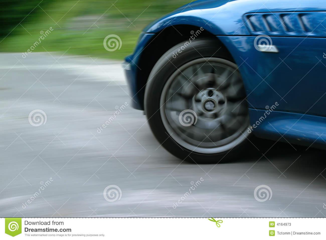 rueda de carro deporte